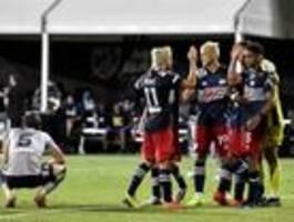 Der Fußball kommt als erste Liga aus der Corona-Pause