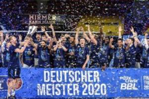 Fußball: Berliner Profisport in Corona-Zeiten: Ein Blick in die Clubs