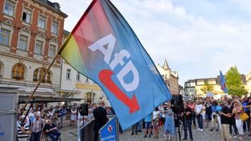 Nach Verdachtsfall-Einstufung: AfD-Mitglieder bieten Verfassungsschutz Zusammenarbeit an