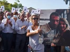 Wir haben ihn gehen lassen: Busfahrer stirbt nach Attacke wegen Maske