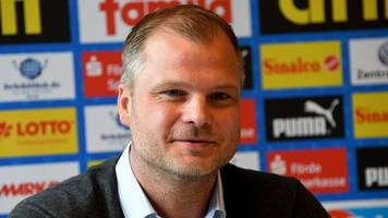 Bundesliga-Absteiger - Paderborn-Sportchef: Von Corona-Krise nicht lähmen lassen