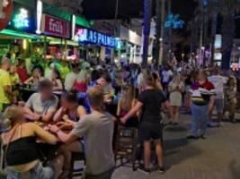 Mallorca: Ballermann-Party ohne Masken und Abstand