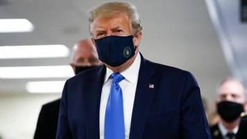 US-Präsident: Ich bin nie dagegen gewesen: Donald Trump zeigt sich in der Öffentlichkeit mit Maske