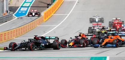 Teamkollege rammt Vettel in der dritten Kurve - beide raus