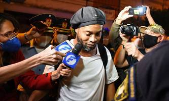 ronaldinho bleibt in paraguay in hausarrest