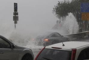 china erh�rt hochwasseralarm auf zweith�chste stufe