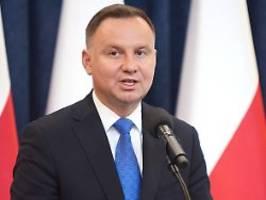Breaking News: Duda gewinnt Präsidentschaftswahl in Polen knapp