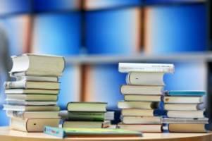 Kultur: Literaturfonds startet Corona-Förderprogramme