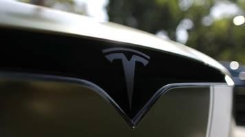 Was ist dran am Hype?: Tesla, der Branchenschreck