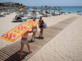 Mallorca, Ischgl, Ostseestrand: Niemand kann Urlaub von Corona machen