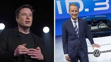 Auch hier schlägt Tesla VW : So viel verdienen die Dax-Bosse in Deutschland – und so viel mehr bekommen ihre US-Kollegen