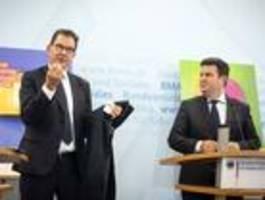 minister müller und heil kündigen lieferkettengesetz an