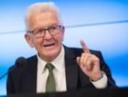 """Kretschmann kann """"kein Fehlerverhalten der Polizei"""" in Stuttgart erkennen"""