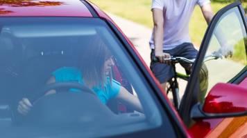 Vorsicht bei Dooring: Die unterschätzte Gefahr für Radfahrer