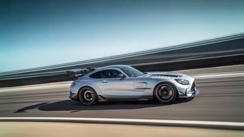 schneller supersportwagen: mercedes bringt amg gt als black series