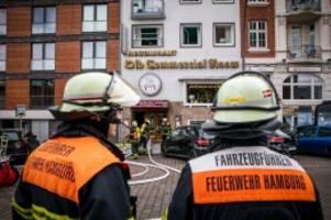 hamburg: beim michel: feuerwehreinsatz im traditionsrestaurant