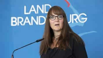 Ministerin: Corona-Pandemie-Folgen noch nicht abschätzbar