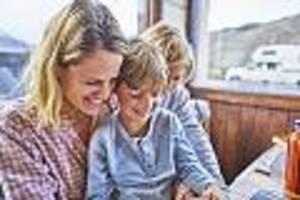 anwältin klärt auf - geld geht sonst automatisch an die frau: so können väter mütterrente bekommen