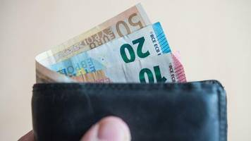 mindestlohn: kommissionschef: baldiger mindestlohn von zwölf euro wäre problematisch