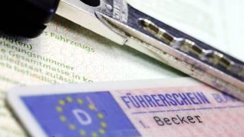formfehler: 15 000 fahrverbote im bußgeldkatalog ungültig