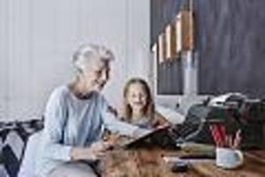 finanztipps für frauen  - armutsfalle rente - was frauen tun können, um im alter genug zum leben zu haben