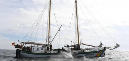 greenpeace gegen fischer – der stein-krieg in der ostsee beginnt gerade erst