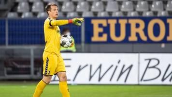 bundesliga-transfer - freiburgs sportchef: schwolow-zukunft definitiv nicht klar