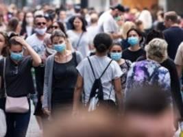 Pandemie: Warum Gerichte Corona-Auflagen kassieren