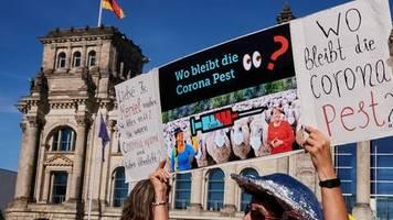 Ende der Auflagen gefordert: Tausende zu Anti-Corona-Demonstration in Berlin erwartet