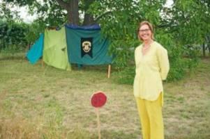 berliner helfen: wie eine streuobstwiese zur oase wird