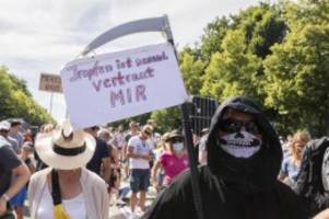Demonstrationen: Polizei will Kundgebung gegen Corona-Maßnahmen auflösen