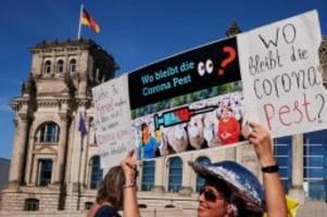 Besondere Herausforderung: Tausende zu Anti-Corona-Demonstration in Berlin erwartet