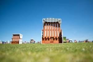 Gesundheit: Heide und Büsum vor Wochenende mit Corona-Restriktionen
