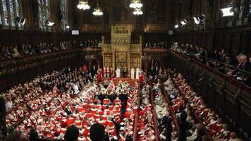House of Lords: Britisches Oberhaus wirft Johnson Vetternwirtschaft bei Neubesetzung vor