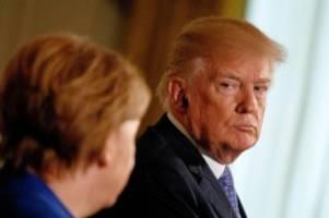 Autorin: Nichte: Trump hat ein Problem mit starken Frauen wie Merkel