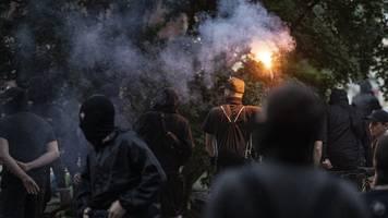 18 Polizisten bei Auflösung von Berliner Kundgebung verletzt