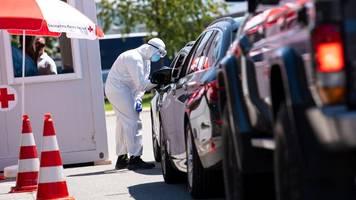 Corona-Tests in Bayern: 2.800 Reisende an Grenze zu Österreich getestet