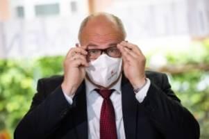 Corona-Pandemie: Rabe kündigt Maskenpflicht für Hamburgs Schüler an