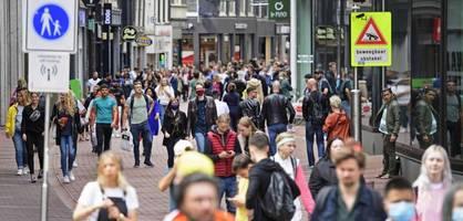 Keine Maskenpflicht – der Sonderweg der Niederlande