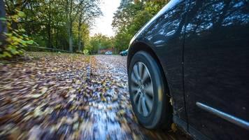 auto – wie berechnet sich anhalteweg und reaktionsweg?