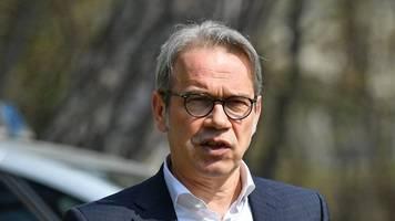 maiers kritik nach rechtem angriff zurückgewiesen