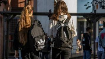 Marburger Bund sieht Deutschland bereits von zweiter Corona-Welle erfasst