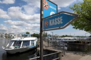 Juristischer Streit: Ausflugsschiffen droht Maskenpflicht an Bord