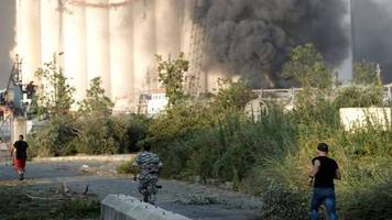 Dutzende Verletzte: Schwere Explosion am Hafen von Beirut