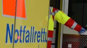 neun menschen bei auffahrunfall auf autobahn 46 verletzt