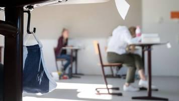 regelbetrieb an schulen - bildungsgewerkschaft: schulstart ist ein hohes risiko