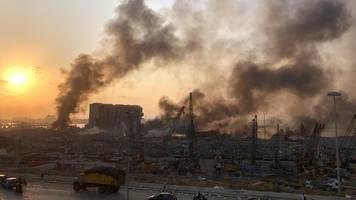 Explosion in Beirut: Hochexplosiver Stoff in Lagerhalle soll Ursache sein