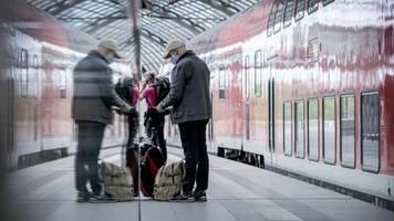 Sofortige Strafe : NRW führt 150-Euro-Bußgeld für Verstoß gegen Maskenpflicht in Bus und Bahn ein