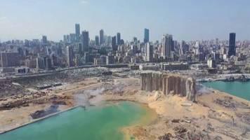 Katastrophe im Libanon: Luftaufnahmen aus Beirut: So sieht es am Tag nach der verheerenden Explosion aus