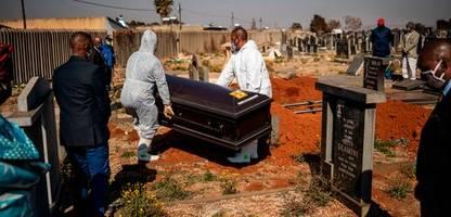 Coronavirus: Johns-Hopkins-Universität zählt mehr als 700.000 Corona-Tote weltweit